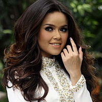 Siti Liza - Dua Hati.mp3